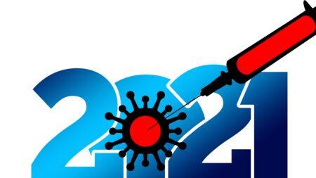 Campagna vaccinale accelera in Italia, AstraZeneca anche agli under 60